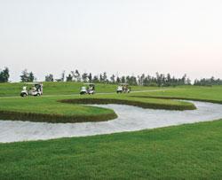 Kinh doanh sân golf: Lượng át chất