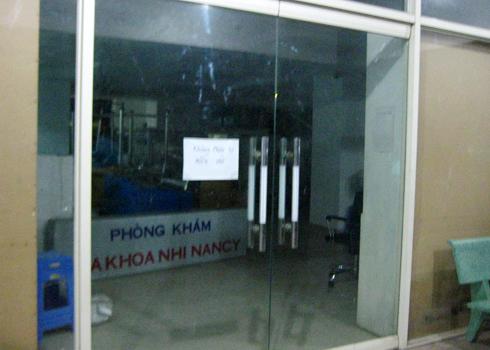 Dân phản đối mở phòng khám nhi trong chung cư Khang Phú