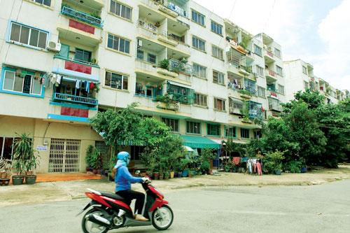 Chung cư tái định cư - Chất lượng thấp, phí dịch vụ cao