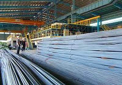 Sản lượng thép thế giới giảm trong tháng 8/2011