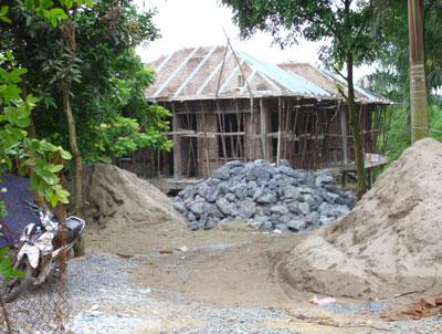 Xã Cổ Đông (Sơn Tây, Hà Nội): Đua nhau xây nhà trên đất nông nghiệp