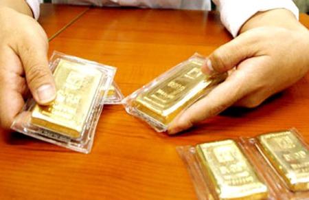 """Vàng miếng """"phi SJC"""" được yêu cầu ngừng sản xuất"""