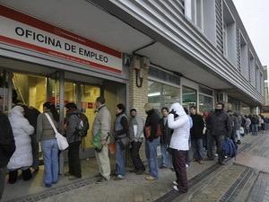 Nợ công làm 6 triệu người châu Âu mất việc làm