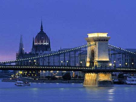 """Kinh nghiệm giải """"bài toán nhà ở"""" của Hungary"""