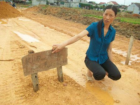 Dân mất đất vì dự án