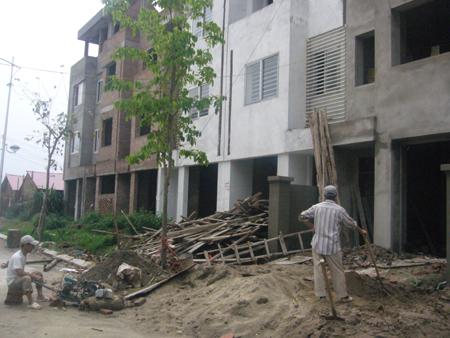 Thị trường bất động sản Hà Nội khó nắm bắt