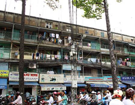 TP HCM phá dỡ 30 chung cư cũ