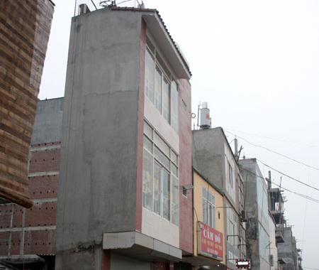 Xử lý nhà mỏng méo ở Hà Nội: Trên thông, dưới tắc