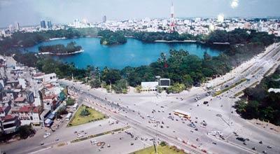 Di dân hay tạo sức hút để xây dựng đô thị vệ tinh cho Thủ đô