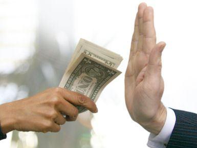 Chống tham nhũng để ổn định giá đất đai!