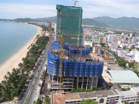 Phân khúc thị trường căn hộ ven biển Nha Trang: Bán nhiều hơn mua