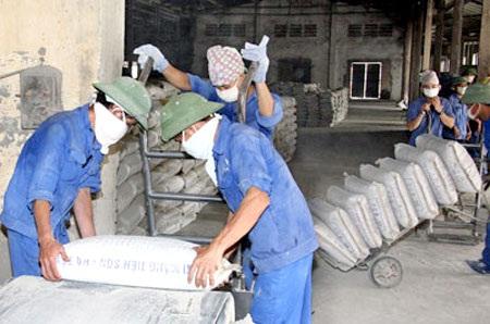 Sản xuất xi măng lao đao vì dự án BĐS đình trệ