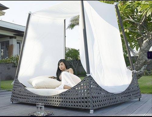 Những kiểu giường lý tưởng dùng ngoài trời