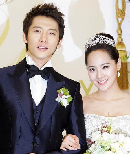 Tổ ấm nhỏ xinh của cặp sao Hàn Eugene và Ki Tae Young