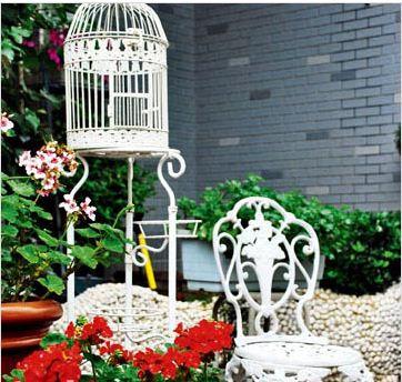 Tạo vẻ đẹp lãng mạn và thân thiện cho khu vườn trước nhà