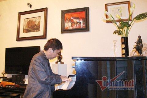Đầu năm xông đất nhạc sĩ Phú Quang