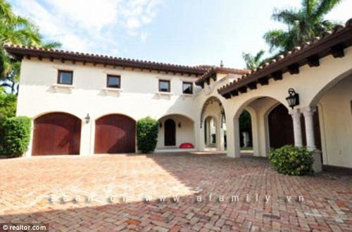 Vợ chồng Beyonce mua nhà... 300 tỷ của Ricky Martin