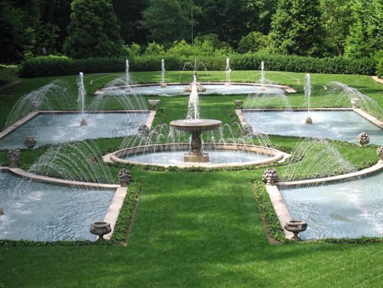Làm Đẹp Khu Vườn Bằng Vòi Phun Nước Tự Tạo