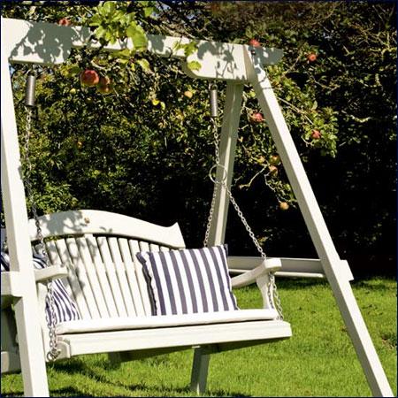 Chọn đồ ngoại thất cho sân vườn