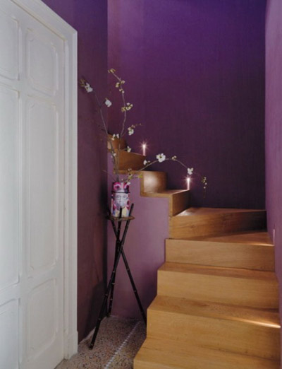Nét Á đông trong căn nhà màu tím