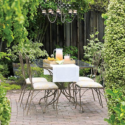 Đèn vườn cho nhà thêm xinh