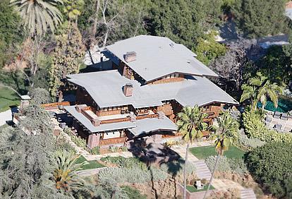 Những ngôi nhà bạc tỷ của Jolie-Pitt