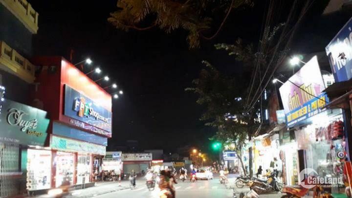 Cho thuê nhà mặt phố Trương Định 120mx3 tầng Mt 4.8m Giá 70 triệu/tháng . Linh mặt phố 0969166861