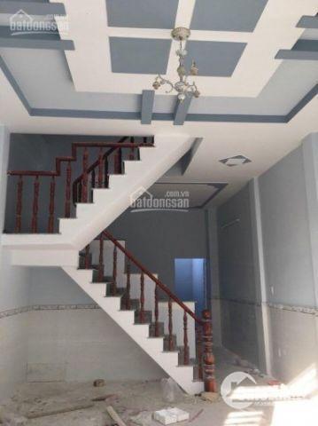 Nhà full nội thất gần chợ Hưng Long giá sở hữu 950tr/căn, SHR, công chứng ngay, ưu đãi khách TC