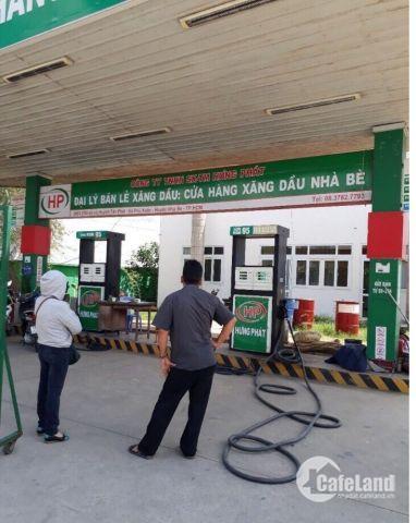 Bán mặt bằng kinh doanh xăng dầu 4500m2 đường Huỳnh Tấn Phát