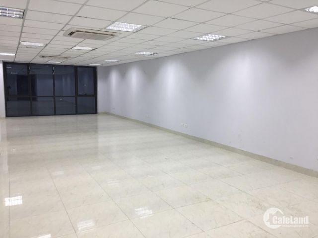 Cần cho thuê gấp 180m2 văn phòng phố Thọ Tháp, trung tâm Cầu Giấy,mặt tiền 9m giá rẻ chỉ 7$