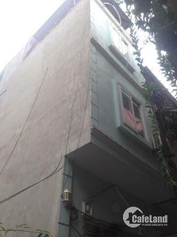 Nhà cực hiếm,ô tô đỗ cửa,giữa trung tâm chỉ 3.3 tỷ Hồng Mai