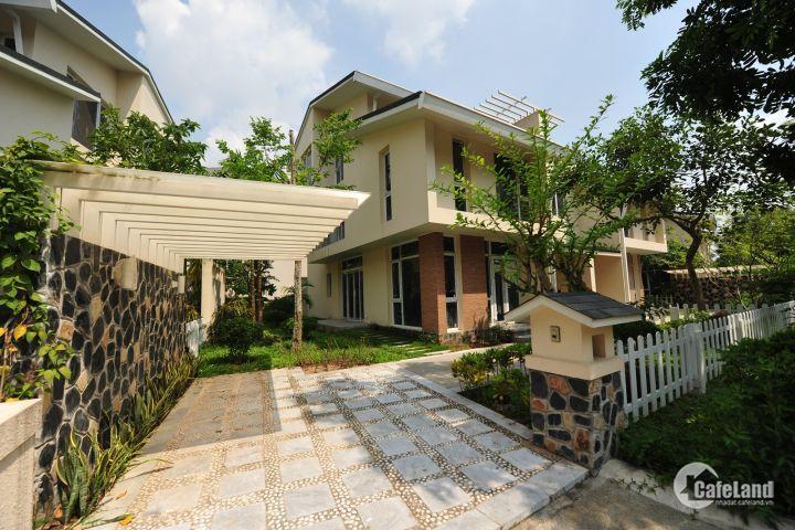 Cần bán lại biệt thự vườn nghỉ dưỡng 360m2 đường Hoàng Phan Thái, chợ Bình Chánh