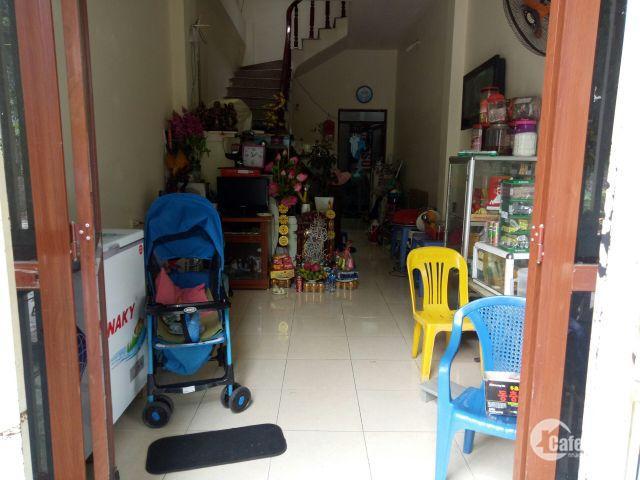 bán nhà măt tiền THANH AM . LH : 0963884256