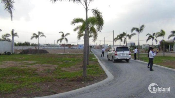Bán đất thổ cư cạnh Khu Dân Cư Đông đúc, bên trái trung tâm Văn hóa thể dục thể thao