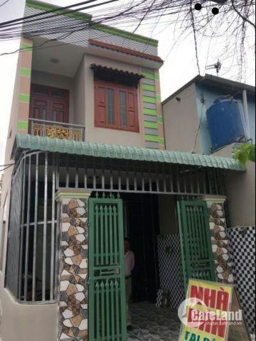 Bán nhà 1 tret 1 lau đường Phạm Phú Thứ, P4, Quận 6, 68m2, SHR