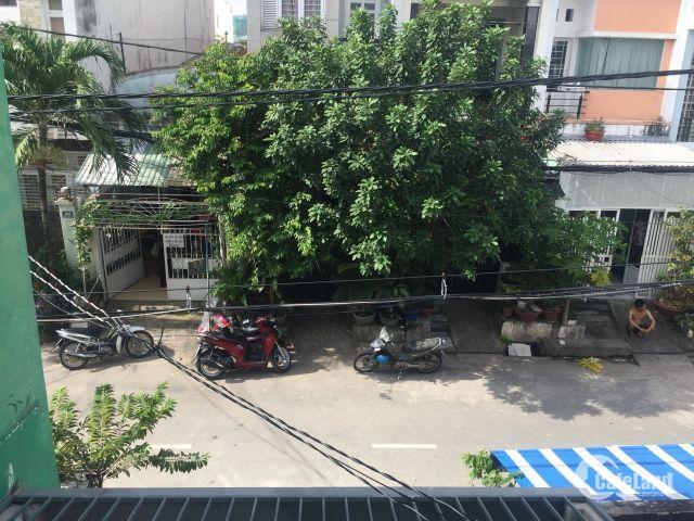 Bán gấp nhà mặt tiền 3PN đường số 49 cắc ngan Lâm Văn Bền Quận 7