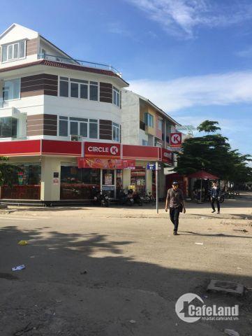 Bán Nhà Mặt Tiền Lê Văn Việt Quận 9 , 4 Lầu Giá 26 Tỷ