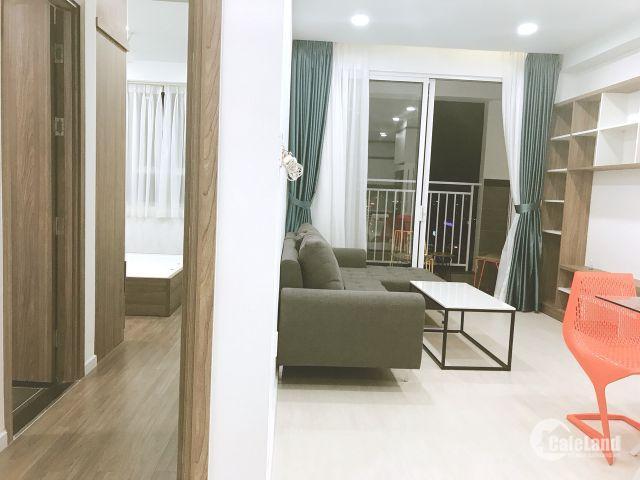 Tôi cần bán gấp căn 2 phòng ngủ , 73m2 giá chỉ 3,45 tỷ đầy đủ nội thất  mới 100% - The Botanica