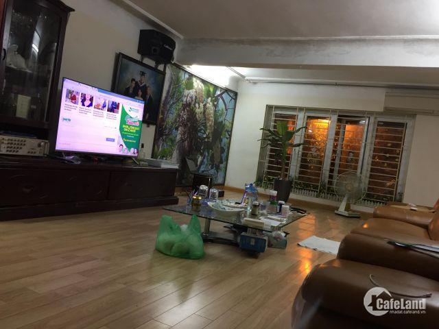 Nhà Đất Nguyễn Văn Trỗi 7,2 tỷ, mặt tiền rộng