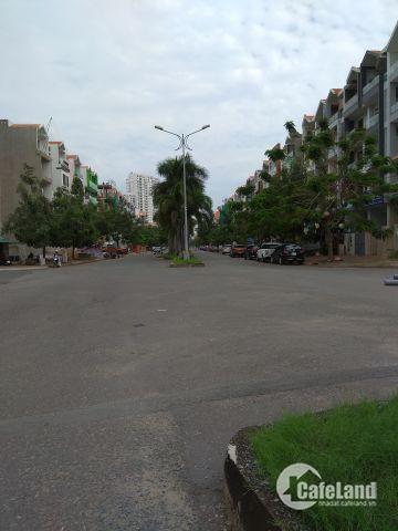 Bán đất nền biệt thự lô I 10x20 -KDC Him Lam - Tân Hưng - Quận 7, Gía:95tr/m2