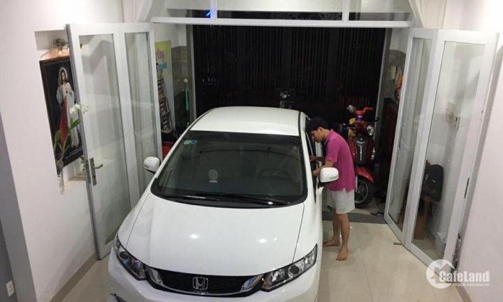 Bán nhà quận Ba Đình, ô tô vào nhà, 5,8 tỷ.