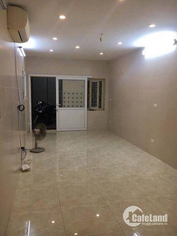 Tôi cần bán nhà 2 mặt thoáng ở Thành Công, S45m2 x 3 tầng, giá 3,95 tỷ