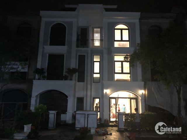 Nhà Phố Mặt Tiền QL1A - Liền Kề KDC Đường 10