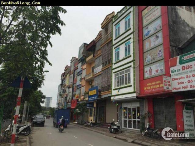 Chính chủ bán nhà mặt phố Quan hoa, Cầu Giấy Hà Nội 38,3mx3T tiện KD, làm VP