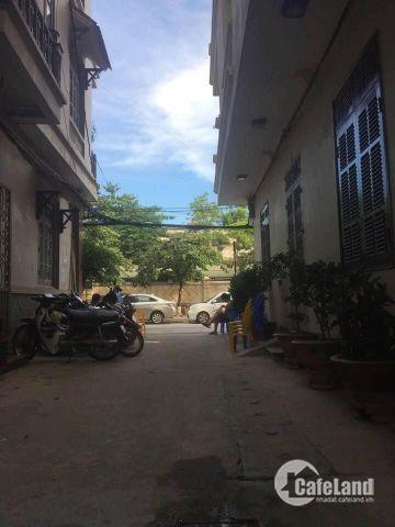 Bán nhà Hồ Bà Mẫu, ô tô đỗ cửa, kinh doanh hoặc ở ngay chưa đến 4 tỷ 0966640266