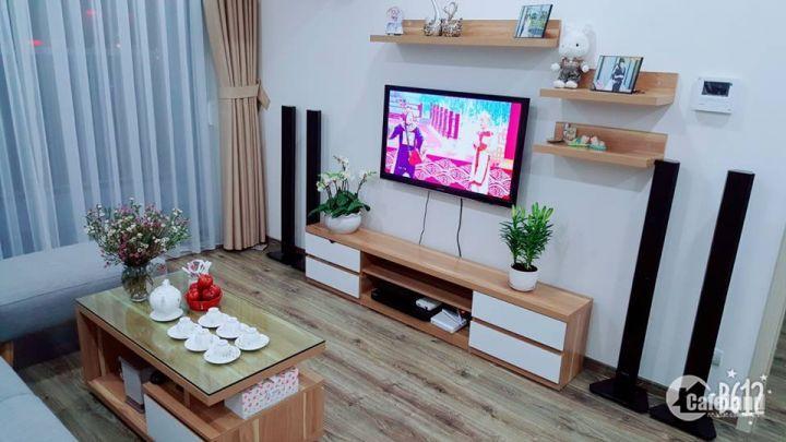 CĐT bán ccmn Chùa Láng- có view hồ, oto đỗ cửa, 500tr/c