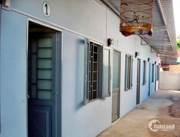 Cần tiền bán dãy trọ 6 phòng ở thị trấn Tân Túc, Bình Chánh,giá 1 tỷ