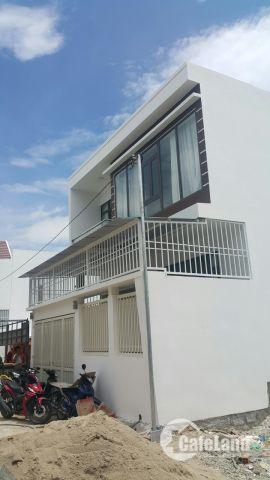 Cần bán căn nhà mới xây xã Vĩnh Thạnh . sau lưng UBND . giá 2ty3. LH 0935964828