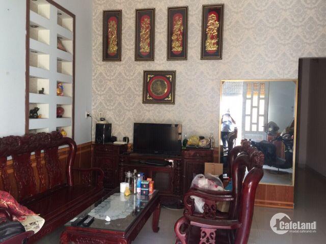 Nhà 240m2 dt sàn,đường Quang TRung,phường TNPB,q9