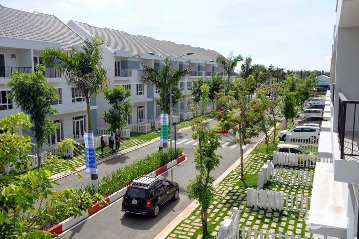 Cần bán Nhà phố 1 trệt 2 lầu 90m2 ngay KDL Suối Tiên liền kề BX Miền Đông mới  3.42Tỷ/căn